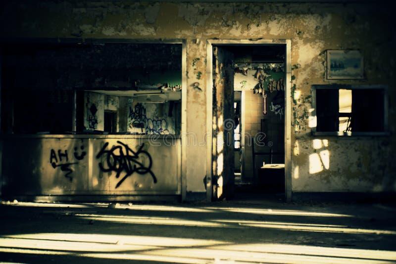 Verlaten het Dineren Zaal stock foto