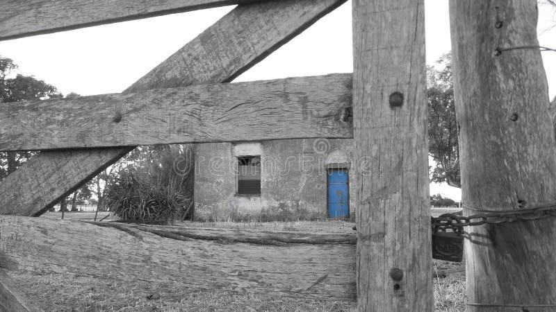 Download Verlaten huis stock afbeelding. Afbeelding bestaande uit landbouwbedrijf - 39114403