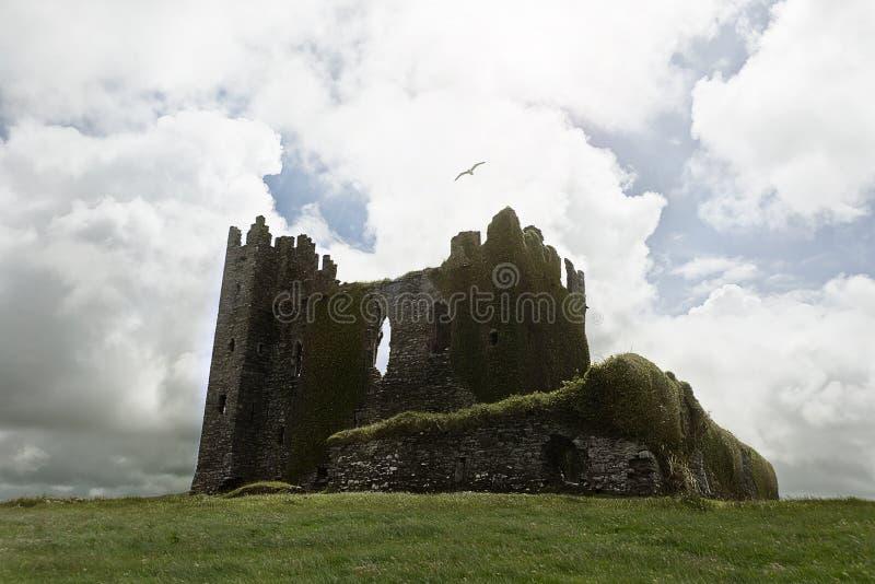 Verlaten kasteelruïnes royalty-vrije stock fotografie