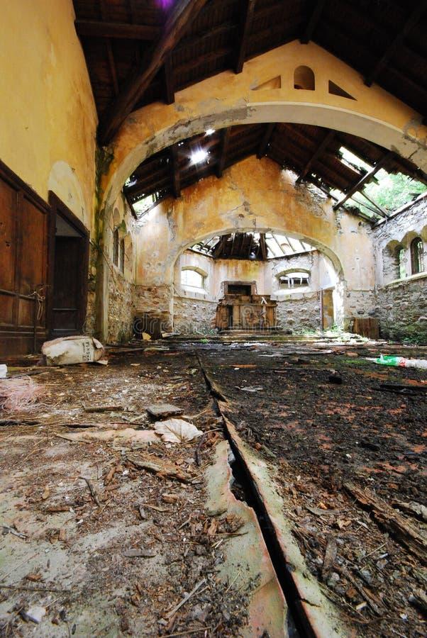 Verlaten kerk royalty-vrije stock afbeeldingen