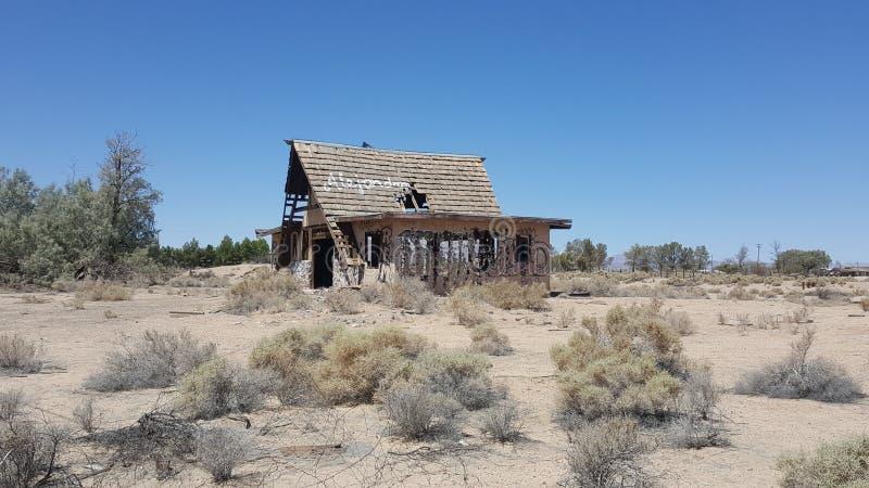 Verlaten KOA-kampeerterrein in Newberry-de Lentes Californië royalty-vrije stock foto's
