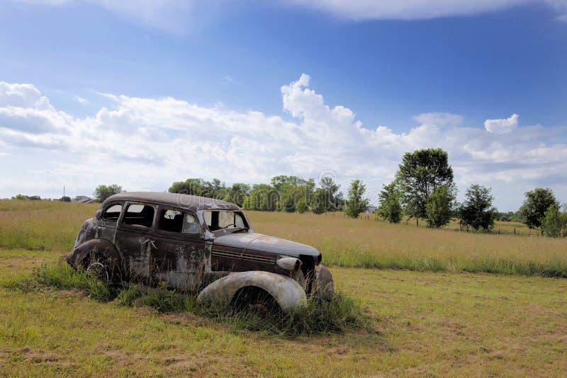 Verlaten, oud, auto royalty-vrije stock fotografie