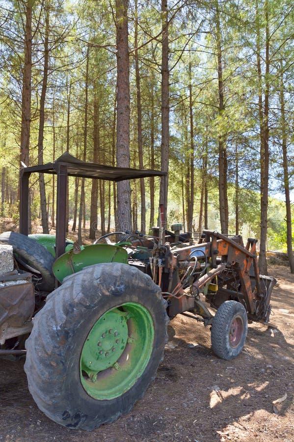 Verlaten Oude Tractor royalty-vrije stock foto