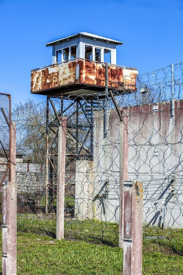 Verlaten Sovjettijdgevangenis royalty-vrije stock foto's