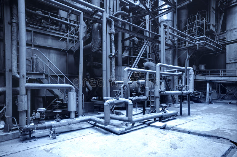 Verlaten staalfabriek stock afbeelding