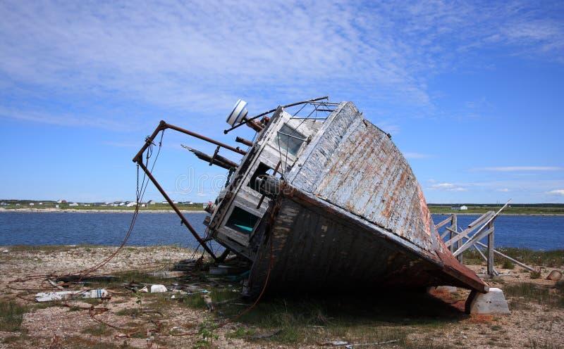 Verlaten Vissersboot stock afbeelding