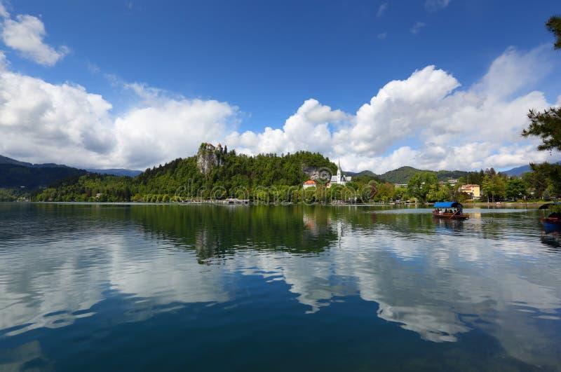 Verlaufener See in Slowenien lizenzfreie stockfotografie