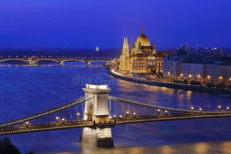 Verlicht Boedapest royalty-vrije stock foto's