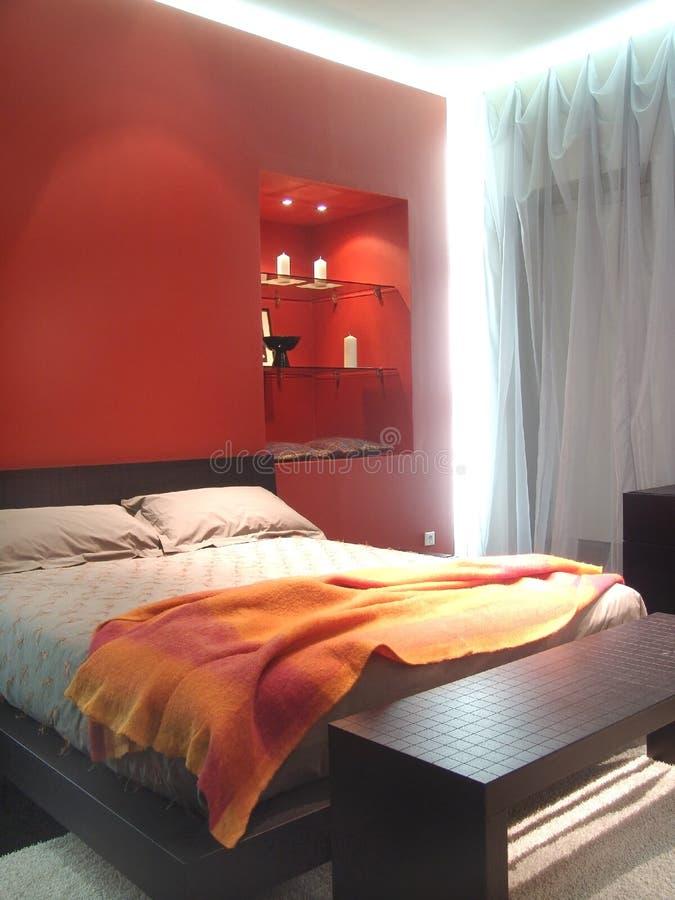 Verlichte slaapkamer stock fotografie