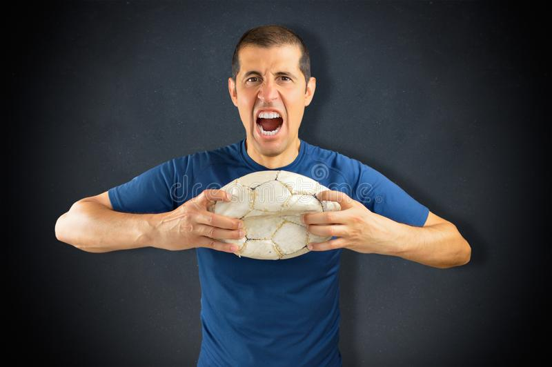 Verliezende voetballer stock fotografie