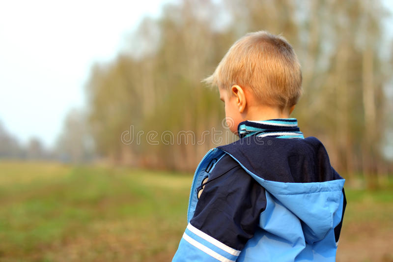 Verloren jongen stock fotografie