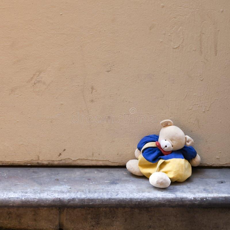 Verloren Stuk speelgoed - Verloren Onschuld stock foto