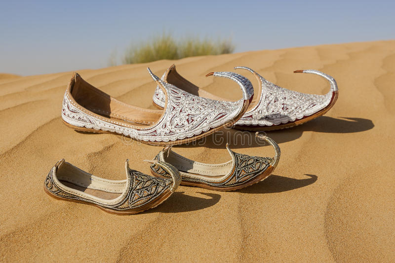 Verlorene Schuhe Aladins und Sindbads stockfotografie