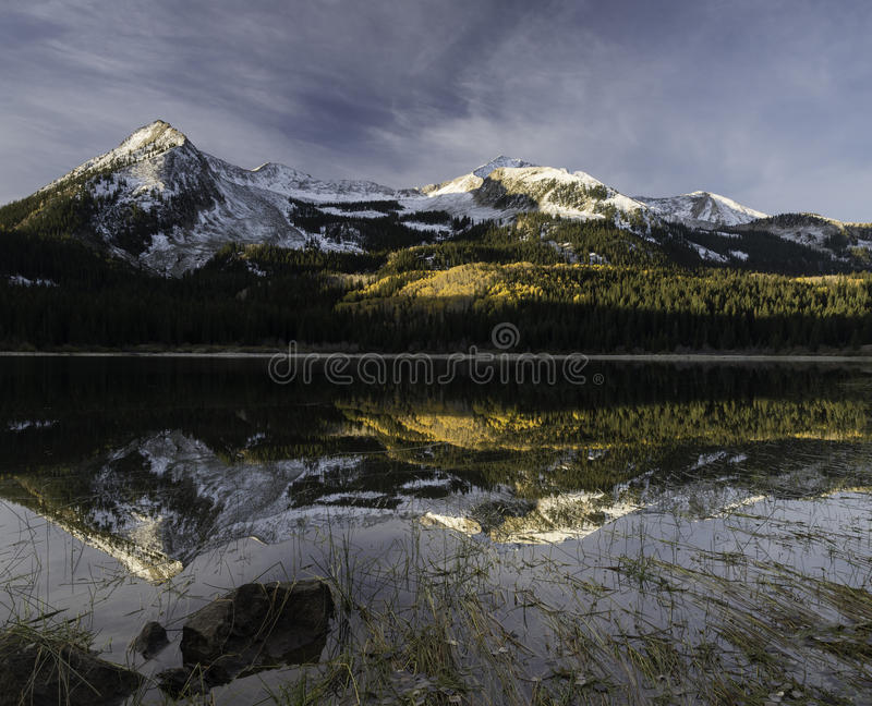 Verlorener See-Slough-Campingplatz lizenzfreies stockfoto