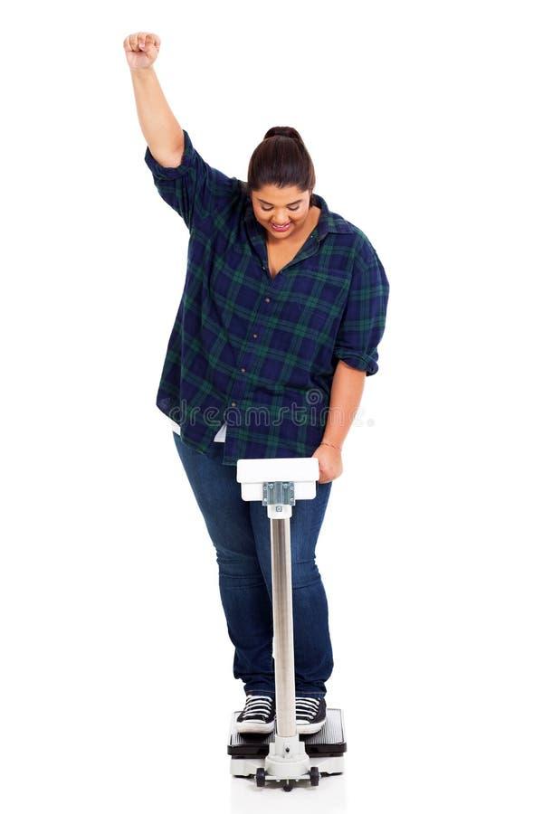 Verlorenes Gewicht der Frau lizenzfreie stockfotografie