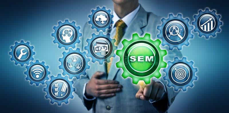Vermarktendes Mittel Touching SEM App Button lizenzfreies stockbild