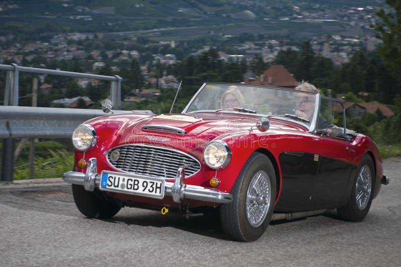 Vermelho clássico sul de Tirol cars_2014_ Austin HEALEY 100-6 imagem de stock