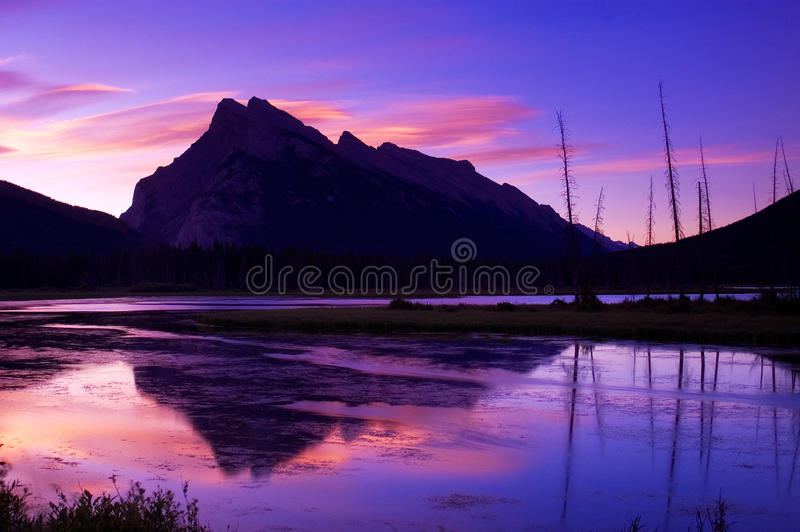 Vermillion Lakes 1 royalty free stock photography
