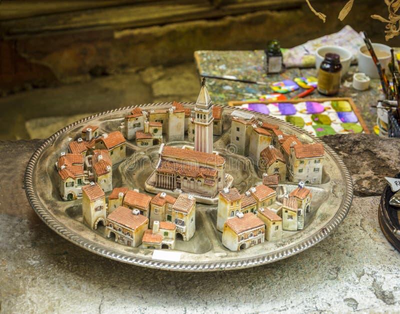 Verminderd model van de oude stad Rovinj stock foto