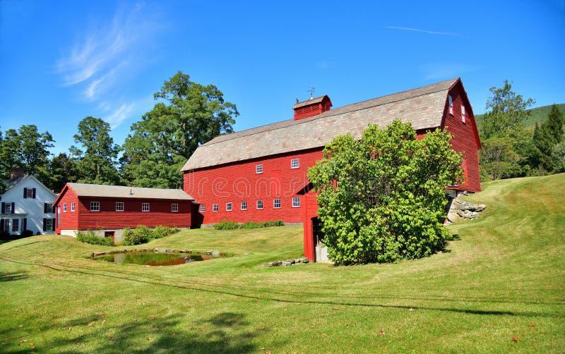 Vermont, Arlington: Bar Gambrel renovado imágenes de archivo libres de regalías