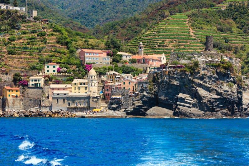 Download Vernazza, Cinque Terre 库存图片. 图片 包括有 小山, 里维埃拉, 风景, 地标 - 103628961