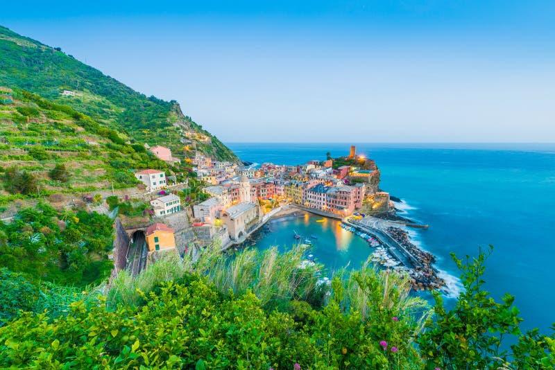 Vernazza en Cinque Terre, Liguria, Italia imagen de archivo libre de regalías