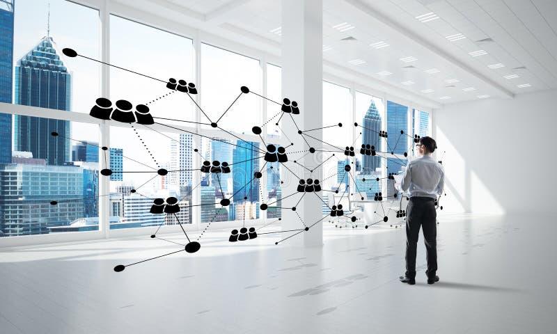 Vernetzung und Sozialkommunikationskonzept als effektiver Punkt f?r modernes Gesch?ft lizenzfreie stockbilder