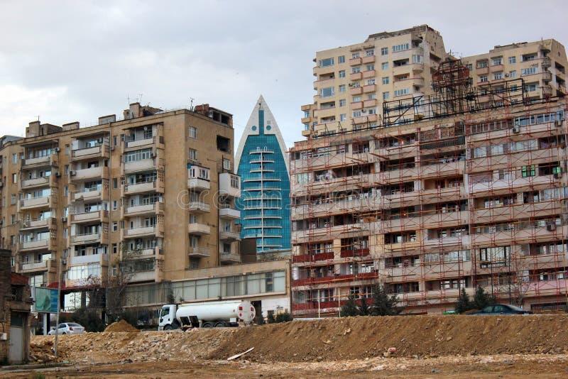 Vernieling van oude gebouwen in Baku, Azerbeidzjan royalty-vrije stock foto