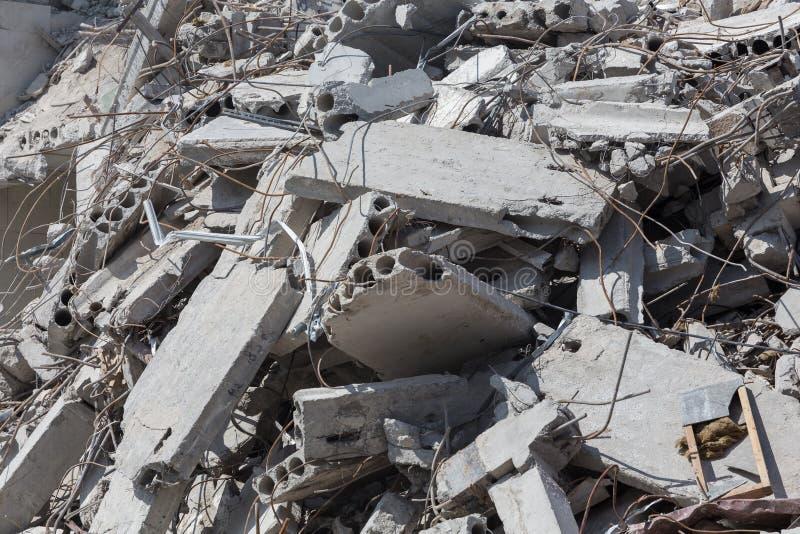 Vernietigd huis vóór wederopbouw stock afbeeldingen