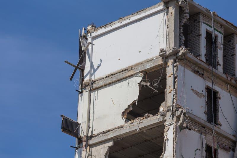 Vernietigd huis vóór wederopbouw stock fotografie