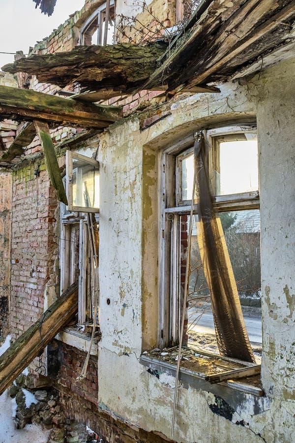Vernietigd venster stock afbeelding