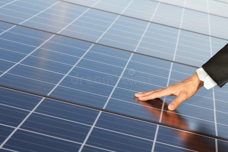 Vernieuwbare de energiesystemen van Ouch stock afbeeldingen
