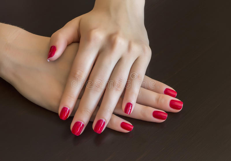 Vernis à ongles rouge photographie stock