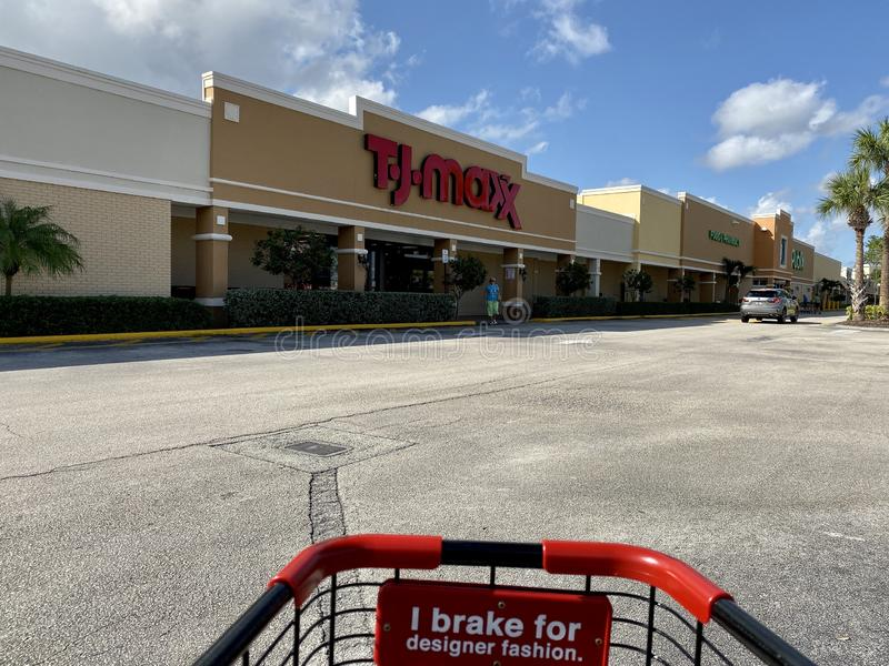 The exterior of a TJ Maxx discount clothing and accessories retail store. Vero Beach, FL/USA-10/28/19: The exterior of a TJ Maxx discount clothing and royalty free stock photography
