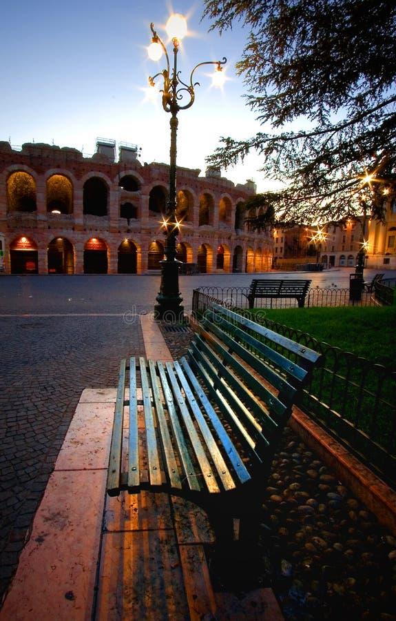 Verona-Bank lizenzfreie stockfotos