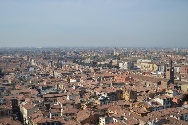 Verona City View From Torre Dei Lamberti in Verona stock afbeeldingen