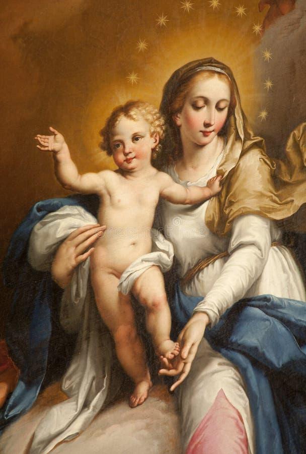 Verona - detalhe de Mary santamente da capela de Maffei no domo imagens de stock