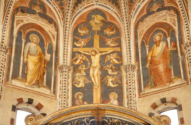 Verona - fresco de la crucifixión en la basílica San Zeno imágenes de archivo libres de regalías