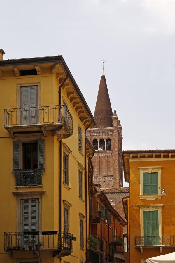 Verona, iglesia de San Fermo Maggiore imagen de archivo libre de regalías