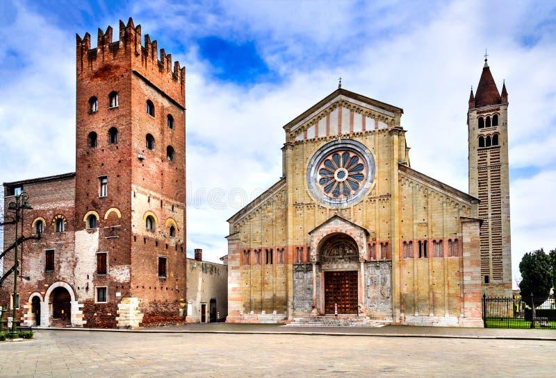 Verona, Itália - Basílica di San Zeno imagem de stock