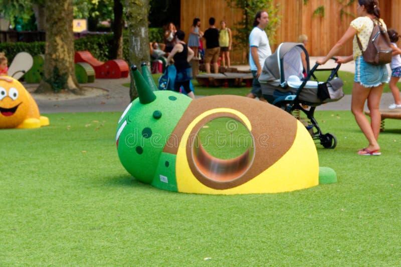 Verona, Itália 18 de agosto de 2018: Parque de diversões de Leoland atrações pequenas do jogo do ` s das crianças imagem de stock royalty free