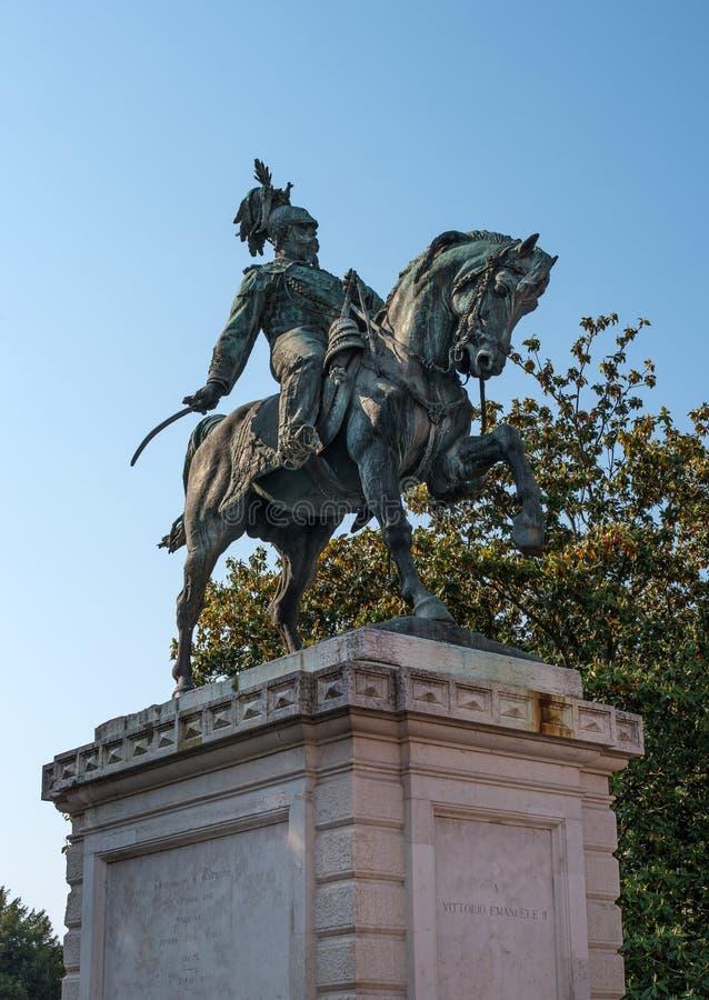 Verona, Italien - 6. Mai 2018: Monument zu Vittorio Emanuele das zweite, der König von Italien im BH-Quadrat in Verona lizenzfreie stockbilder