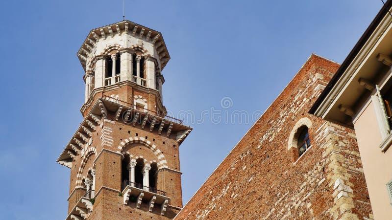 Verona Torre Dei Lamberti fotografia stock
