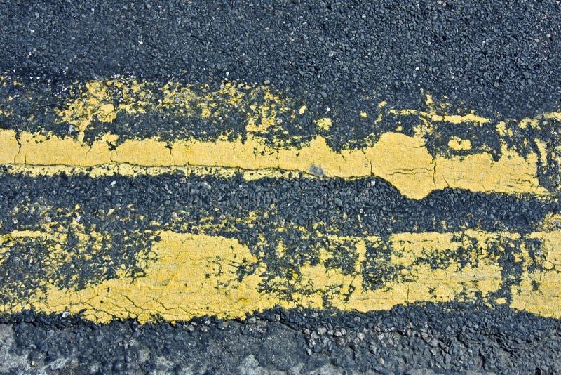 Veronachtzaamde gele lijnen royalty-vrije stock fotografie