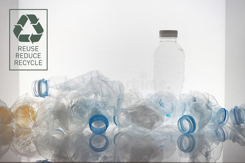 Verpackung gebrauchter PET-Flaschen zum Recycling 10 stockfotografie