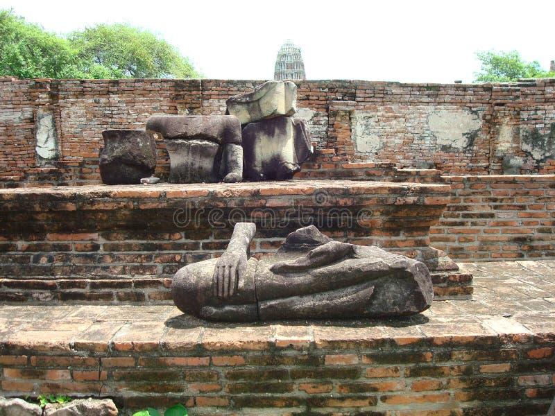 Verplaatst Lichaamsstandbeeld in Ayutthaya Thailand royalty-vrije stock foto's
