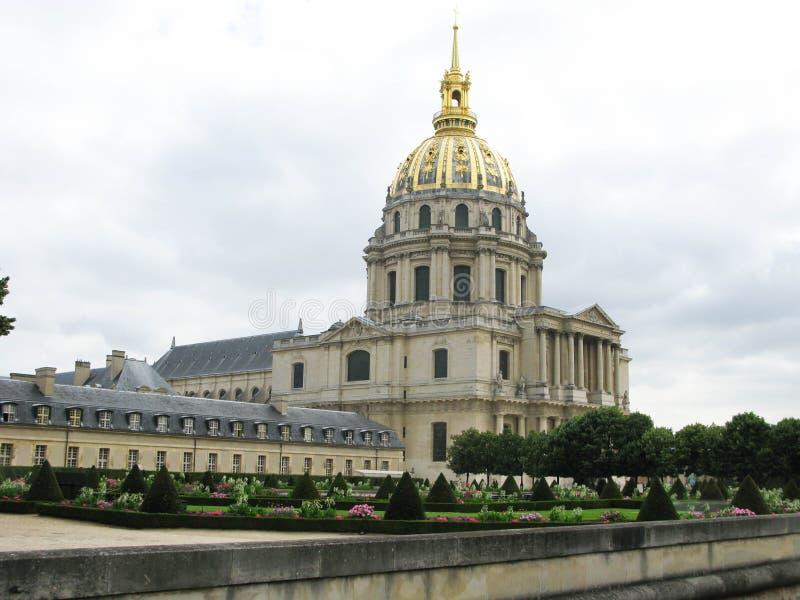 Verpleeghuiskathedraal in Parijs stock afbeeldingen