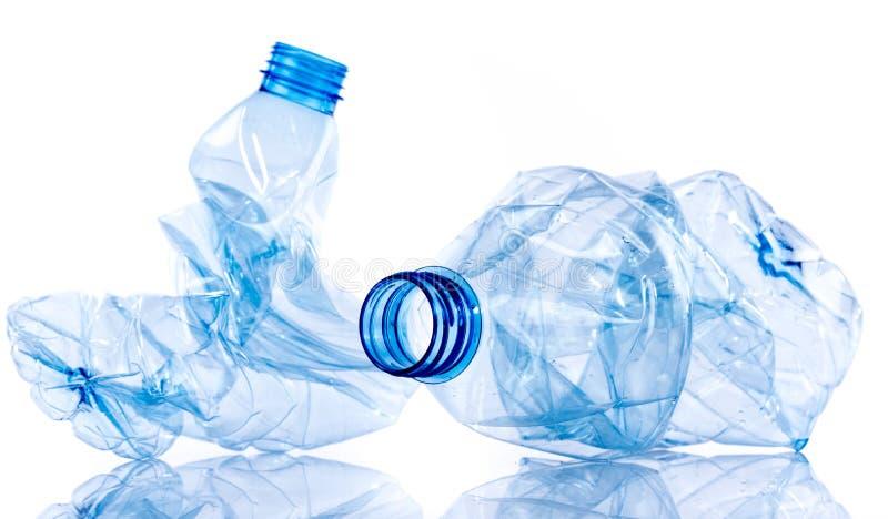 Verpletterde plastic flessen royalty-vrije stock afbeeldingen