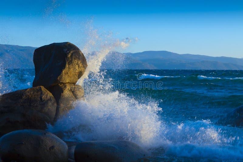 Verpletterende Golf Tahoe stock afbeelding
