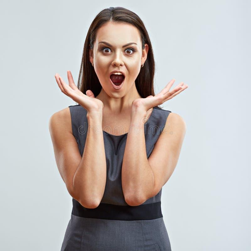 Verrast geschokt bedrijfsvrouwenportret Model met lange hai royalty-vrije stock afbeeldingen